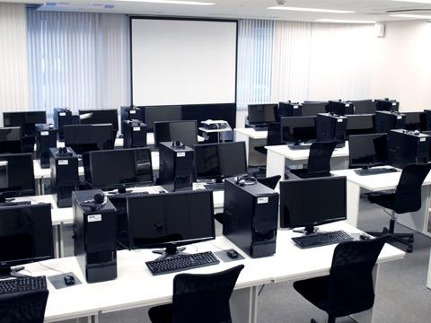 教室のモニター環境